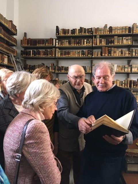 In der Jesuitenbibliothek
